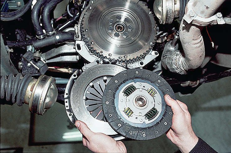 Ремонт и замена коробки передач - Замена сцепления